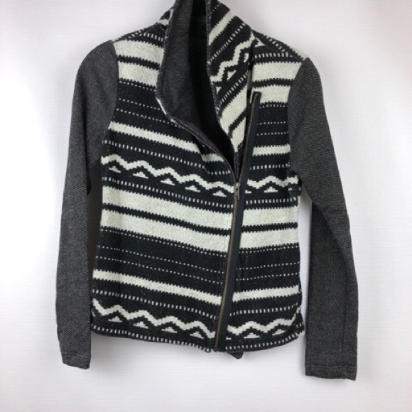 7b1163aa3ba13 Anthropologie Jackets & Coats | Dolan Black Label Moto Quilted ...